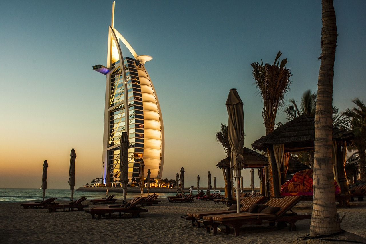 How To Visit Dubai Like a Local and Love It!