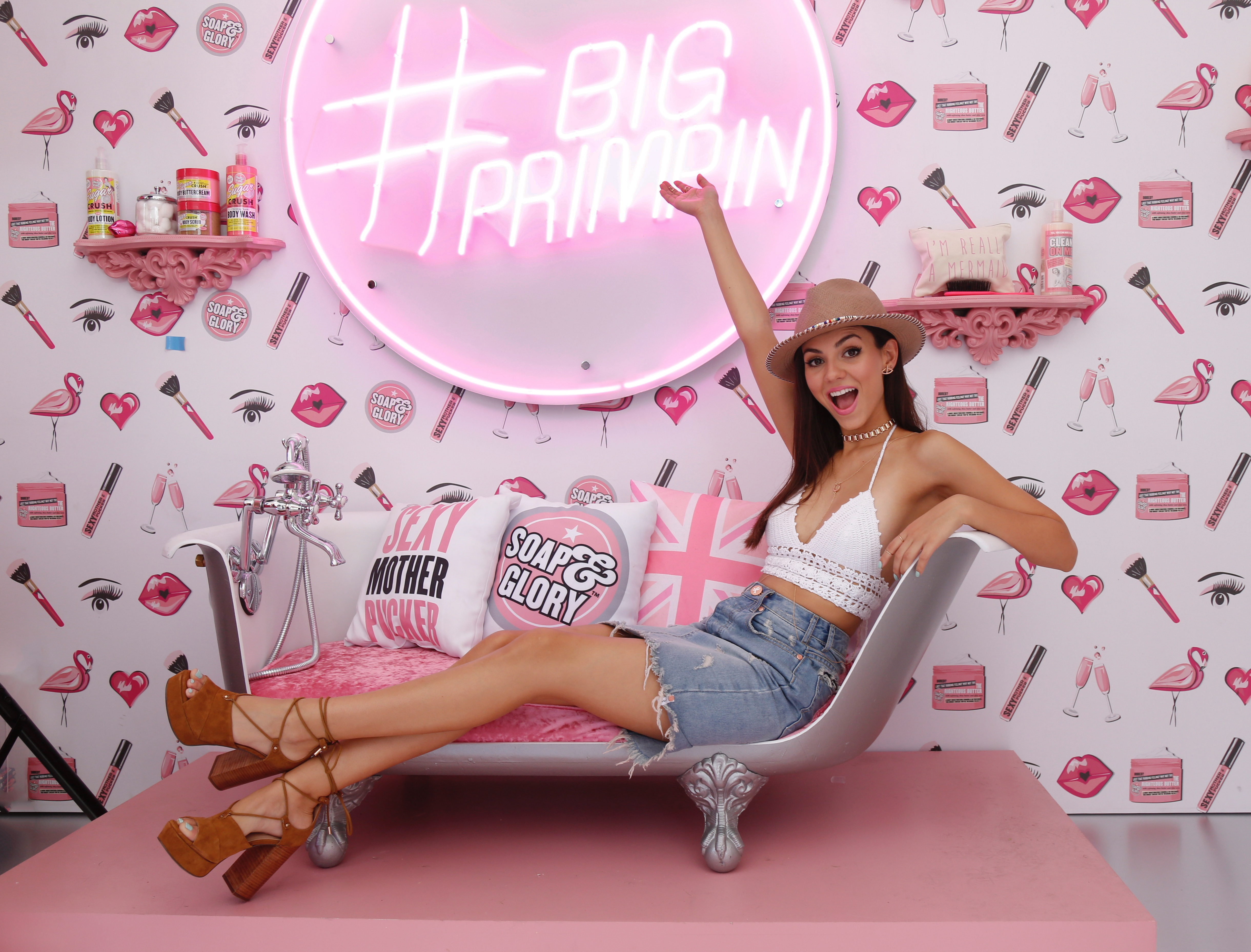 Victoria Justice is a #SummerBabe at Soap & Glory's Beauty Boudoir