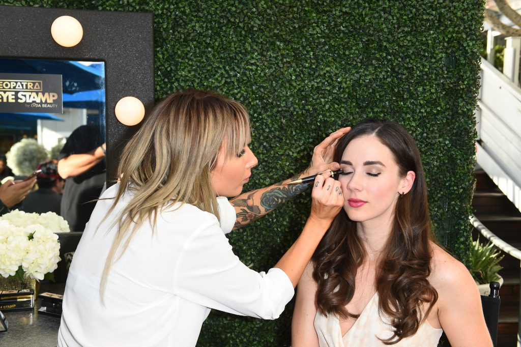 Lyda Beauty Celebrated the Launch of Cleopatra Cat Eye Stamp