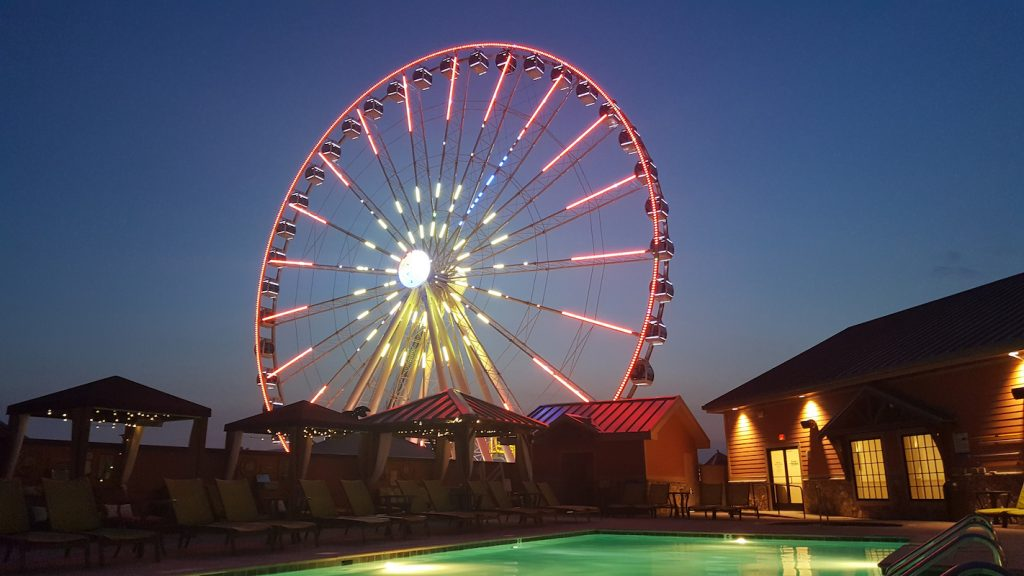 SEA OR SKI DESTINATIONS – GATLINBURG, TENNESSEE