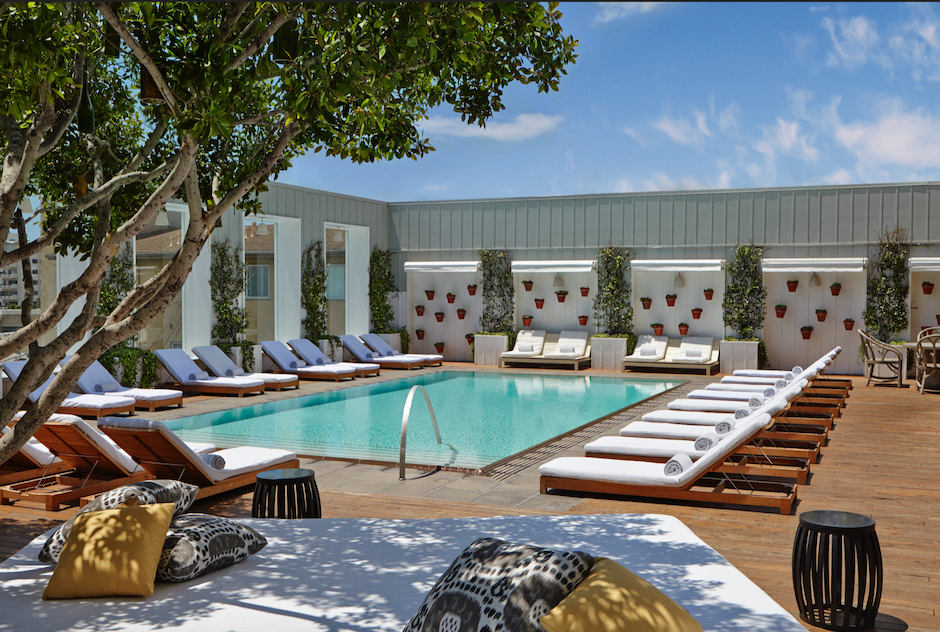 BEST POOL IN LA to Chill, Vibe, Day Drink + Party with the hottest DJS
